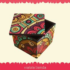 Sweet Box Design, Wood Box Design, Ceramic Painting, Painting On Wood, Painted Wooden Boxes, Creative Box, Diy Gift Box, Wooden Jewelry Boxes, Posca