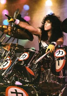 The Late Eric Carr - In February 1991, Carr began feeling ill. Medical tests revealed what at first appeared to be manageable problems with his health. However, he was diagnosed as having an unexpectedly serious and extremely rare type of cancer – heart cancer. In April 1991, Carr underwent a series of surgeries to remove tumors in his right atrium and lungs in an effort to restore heart function and prevent the cancer's growth. Not long afterwards he suffered a brain hemorrhage.