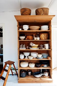 Living in 600 Square Feet: Designer Glenn Ban's Refined East Hamptons Cottage - Remodelista