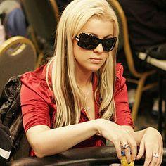 Strategi Penting Dalam Saat Bermain Judi Poker Online