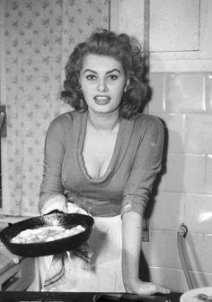 Sophia Loren cooking, circa 1965