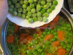 Dragostea in bucate: CIORBITA DE MAZARE CU GALUSTE SI SMANTANA Pickles, Cucumber, Food, Essen, Meals, Pickle, Yemek, Zucchini, Eten