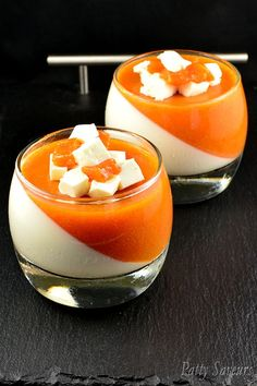 Apricot and vanilla Panna Cotta. Vanilla Panna Cotta paired with apricot jellified puree a very easy dessert to make it doesnt need a lot of prep. Easy To Make Desserts, Mini Desserts, Sweet Desserts, Best Dessert Recipes, Sweet Recipes, Apricot Dessert, Shooter Recipes, Vanilla Panna Cotta, Dessert Shooters