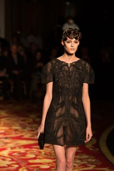 Stratasys and Materialise 3D printed dress hit Paris Fashion Week at Iris van Herpen show | 3D Printer News & 3D Printing News