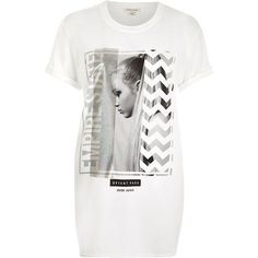 River Island White photographic print boyfriend t-shirt ($23) ❤ liked on Polyvore featuring tops, t-shirts, print tees, white top, crew-neck tee, short t shirt and boyfriend tee