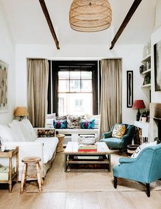 Home Decoration Ideas Interior Design The Notting Hill flat of Farm Girl founders Rose Mann and Anthony Hood Retro Home Decor, Unique Home Decor, Home Decor Styles, Home Decor Accessories, Cheap Wall Decor, Cheap Home Decor, Luxury Homes Interior, Home Interior Design, Interior Modern