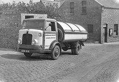 Penshaw Monument, Bedford Street, Old Lorries, Victorian Buildings, Uk Images, Bus Coach, Garbage Truck, Fire Powers