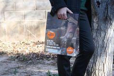 Bolsas de papel lujo con asas de troquel.
