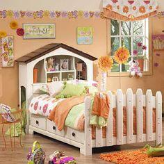 Dollhouse headboard and picket fence footboard...cute!