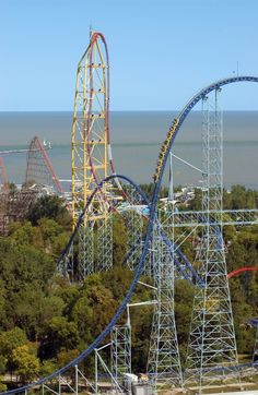 One of the best roller coaster amusement parks in the world--Cedar Point. On Lake Erie in Sandusky, OHIO. Best Amusement Parks, Amusement Park Rides, Cedar Point Ohio, Universal Studios, Oh The Places You'll Go, Places To Visit, The Buckeye State, Attraction, Lake Erie