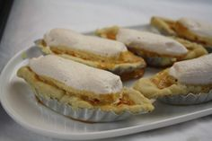How to make Boat Tarts: Filipino Pastry Tarts with Caramel & Meringue Topping - Glyne Piesker - Filipino desserts Filipino Desserts, Filipino Recipes, Filipino Dishes, Filipino Food, Pinoy Food, Pastry Recipes, Tart Recipes, Cookie Recipes, Boat Tart Recipe