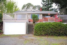 Home @ 10717 55th Ave S with 3 bedrooms and 1.0 bathrooms for $172,800
