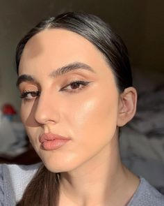 """Denisa Stanciu • M U A •'s Instagram photo: """"I actually felt very happy to catch some sun rays even if it was from indoors 😄 The #highlighter is from @ctilburymakeuparabia Lightgasm…"""" Sun Rays, Colorful Makeup, Smokey Eye, Bridal Makeup, Eyeliner, Felt, Indoor, Happy, Instagram"""