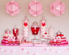 Um, those big pink round things are made out of paper plates! Genius and so cute!