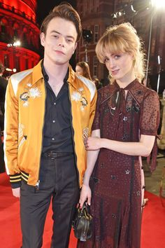 Stranger Things' Charlie Heaton and Natalia Dyer Make Their Red Carpet Debut as a Couple