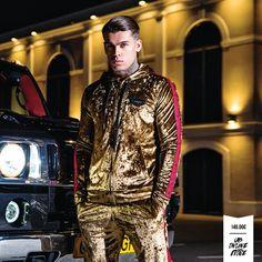 Urban Fashion Women, Mens Fashion, Streetwear Online Store, Velvet Tracksuit, Track Suit Men, Stephen James, Gold Fashion, Streetwear Fashion, Mens Suits