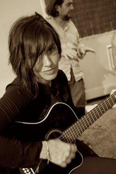 Sharleen by Ally. Paris Texas, Sharleen Spiteri, Glasgow, Amy Macdonald, Lauren Mayberry, Women Of Rock, Pop Rock, Human Behavior, Female Singers