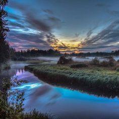 Floating island #river #sunset #sky #vsco #vscogood #khvoinaya #nature #tbt #travel #explore #beautiful #fog #love #instagood #photooftheday#natgeo #russia #hinking #naturelovers #canon #tokina #picoftheday #sunset_madness  #chasinglight #slowshutter #natgeoru #longexposure