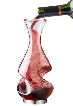 Twist Wine Decanter. Love this!!! Gorgeous.