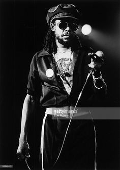 *Peter Tosh* Club Photo, July 28, 1981. More fantastic pictures and videos of *The Wailers* on: https://de.pinterest.com/ReggaeHeart/ ©Ebet Roberts/ gettyimages.de
