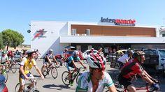 Campomaiornews: Ciclistas de Vila Boim recebidos no Intermarché de...