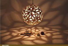 Goedkope Diy nordic bamboe coral creatieve persoonlijkheid dia40/50/60/80 cm hout schaduw kroonluchter verlichting voor slaapkamer restaurants, koop Kwaliteit hanglampen rechtstreeks van Leveranciers van China: