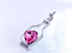 This Heart Crystal Pendant Necklace is a perfect gift for lovers. A beautiful unique design increases an beauty of beautiful girl. A heart shape crystal in three beautiful colors brings an awesomeness. 🔥Get yours now to experience awesomeness in beauty. Bottle Necklace, Love Necklace, Necklace Types, Fashion Necklace, Pendant Necklace, Quartz Crystal Necklace, Crystal Pendant, Metal Necklaces, Jewelry Necklaces
