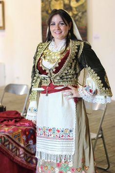 Greek girl with traditional costume from the island of Crete. This is a recent workshop-made copy, as worn by folk dance groups. Greek Traditional Dress, Traditional Outfits, Empire Ottoman, Greek Girl, Costumes Around The World, Greek Culture, Ethnic Outfits, Beautiful Costumes, Folk Costume