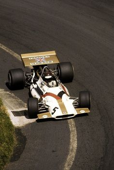 the racing line …Jackie Oliver, Yardley BRM P153, 1970 French Grand Prix, Clermont Ferrand