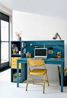 Zelfmaakidee: Bureau your own work space Room Interior, Interior Design Living Room, Boy Room, Kids Room, Kids Workspace, Craft Shed, Student Room, Mini Office, Home Office Decor