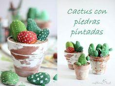 Desde el blog Decoración fácil comparten un diy muy sencillo que os encantará a todos: cactus hechos con piedras.
