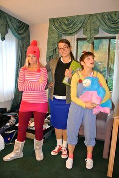Despicable Me Halloween costumes Margo Edith and Agnes. @Bethany Shoda Shoda Shoda Davis can we do this with me, you, and Esther? My boys can be minions! Ooh! Ooh! Eric and Dave can be Gru and Vector!