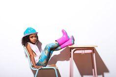 Leginsy: Icon store Miamija  MELODY. SUMMER 2014 Photo: Paulina Kania /PinkWings/ Styl&make-up: Anastazja Borowska /PinkWings/ Hair: Marcin Włodarczyk - hair designer Models: Julia, Mary, Eunice, Eryk