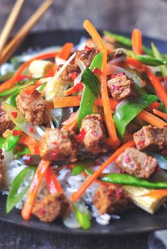 Discover Quorn's delicious vegan Chinese Szechuan Stir Fry recipe made using Quorn Meat Free Vegan Pieces. Click here to get more tasty meal ideas from Quorn.