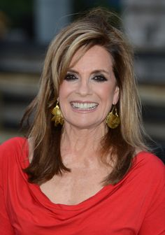 Linda Gray Channel 5 Dallas Launch Party In London Aug 21 2012 Dancing With The Starts, Dallas Tv Show, Linda Gray, Beautiful Old Woman, Beautiful People, Top Pic, Happy Skin, Timeless Beauty, Classic Beauty
