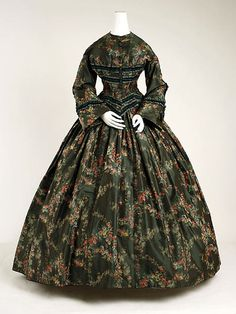 Afternoon dress c.1852   The Metropolitan Museum of Art