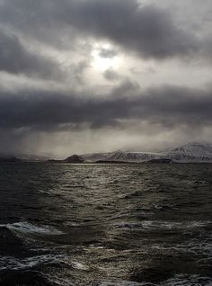 A storm is brewing by Trond Strømme, via Flickr