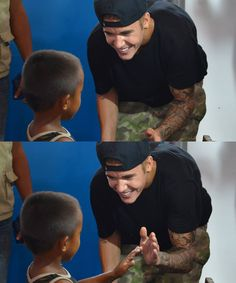 Omg I'm dying this is secute I Luv U, Love Ya, This Is Love, I Love Him, Love Of My Life, All About Justin Bieber, Justin Bieber Pictures, Justin Bieber Photoshoot, Prince Of Pop