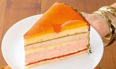 Ein sehr aufwändiges Rezept für eine umso himmlischere Torte. Ein Muss für Orangenliebhaber!