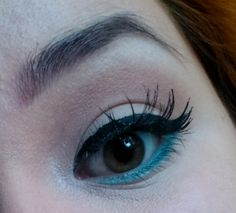 False lashes & teal liner eye makeup look / julieknowshow.blogspot.com