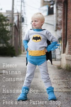 Awesome Tutorial!  Make a batman costume with this easy tutorial. Made from fleece it's easy to sew!