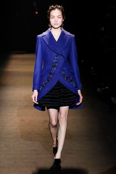 Alberta Ferretti Fall 2013 RTW - Review - Fashion Week - Runway, Fashion Shows and Collections - Vogue - Vogue