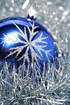 Скачать - Новый год стеклянной сфере темно-синий цвет 3 — стоковое изображение #14130832