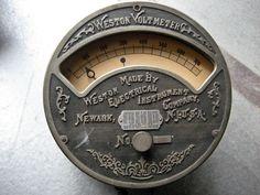 Vintage voltmeter, c. 1900