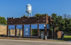 https://flic.kr/p/xpvivc   Abandoned Store   Abandoned building in Depew, Oklahoma.