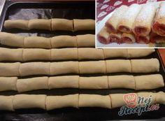 Kremrole jako z cukrárny s dvojím krémem | NejRecept.cz Hot Dog Buns, Hot Dogs, Kakao, Icing, Food And Drink, Bread, Top Recipes, Strawberries, Yummy Food