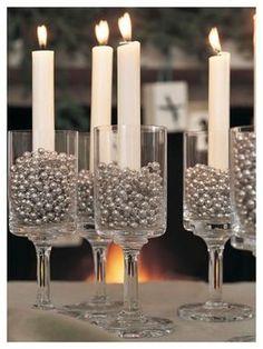 decoração-natalina-com-velas-e-taças.jpg 828×1.104 pixels