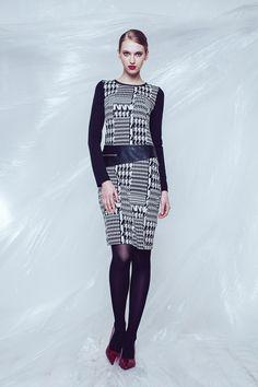 Houndstooth Print Dress SZ 2415