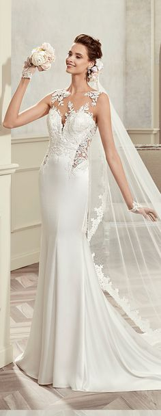 Colet ivory mermaid gown, in satin with macramè beading lace. Colet 2017 Collection - Wedding dress