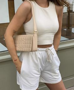 All White Outfit, White Outfits, Cute Casual Outfits, Cream Outfits, Stylish Outfits, Mode Outfits, Fashion Outfits, Womens Fashion, Fashion Hacks